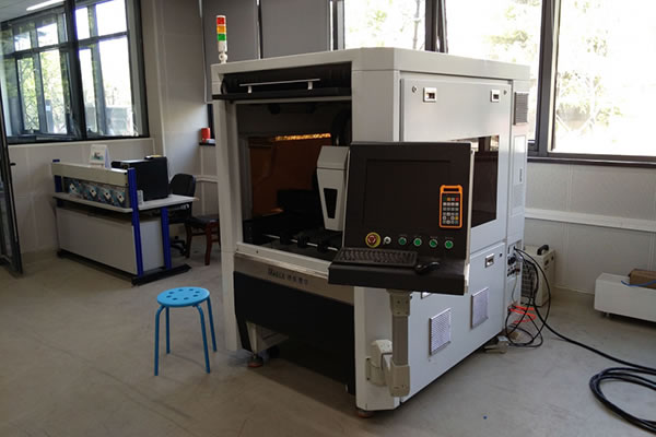 X-6060 Fiber Laser Cutting Workstation in Tsinghua University